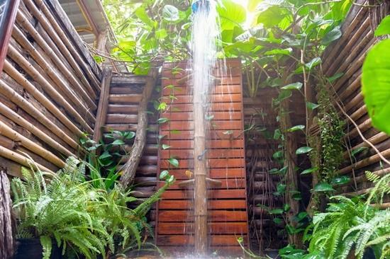 outdoor shower - Adjustable water pressure